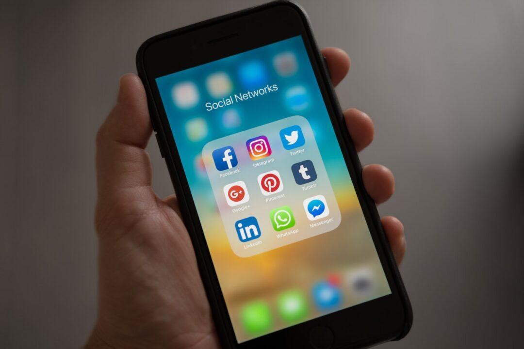"Social Media ROI is like ""Big O"": Slide Decks"