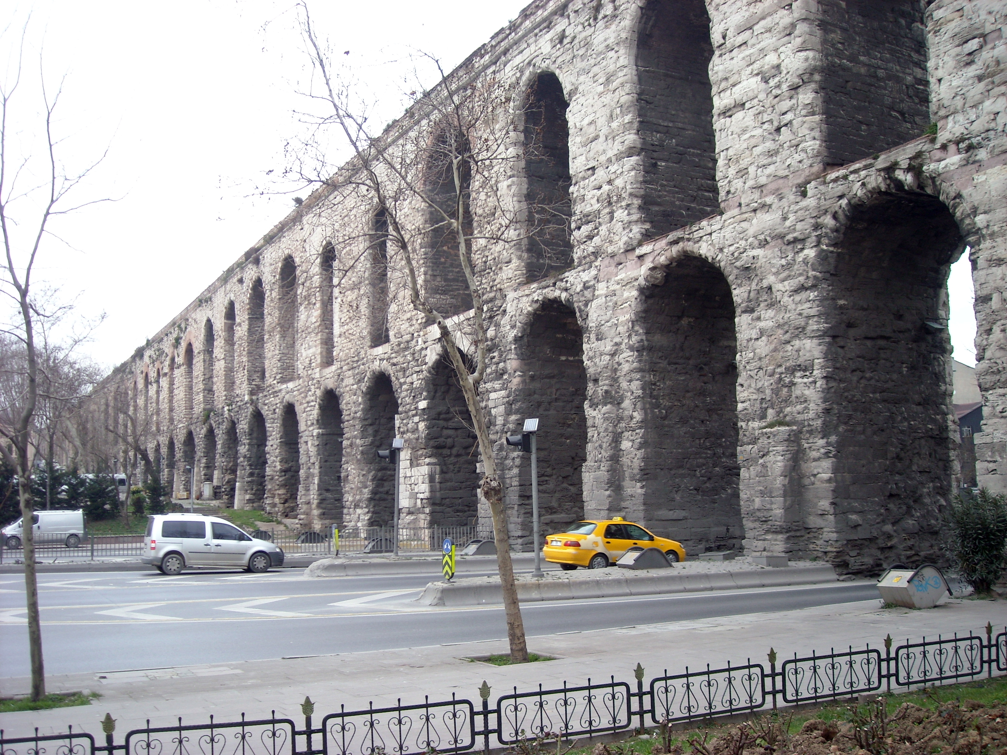 The Valens Aqueducts