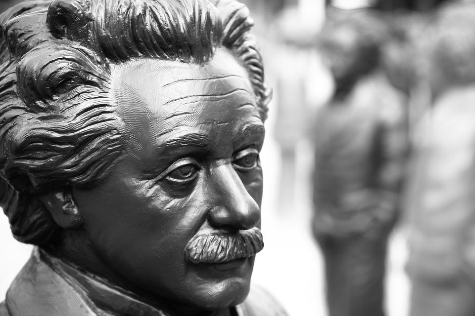 Albert Einstein_2