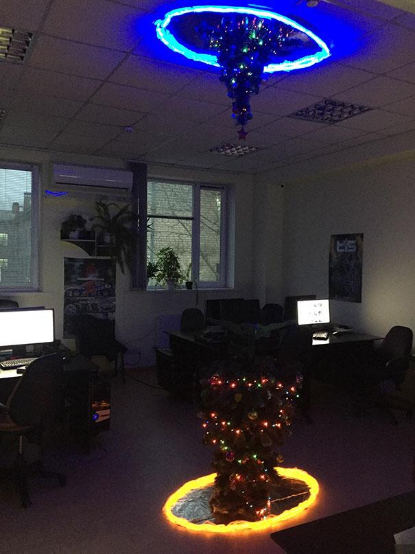 11. My Office Christmas Tree Portal Version