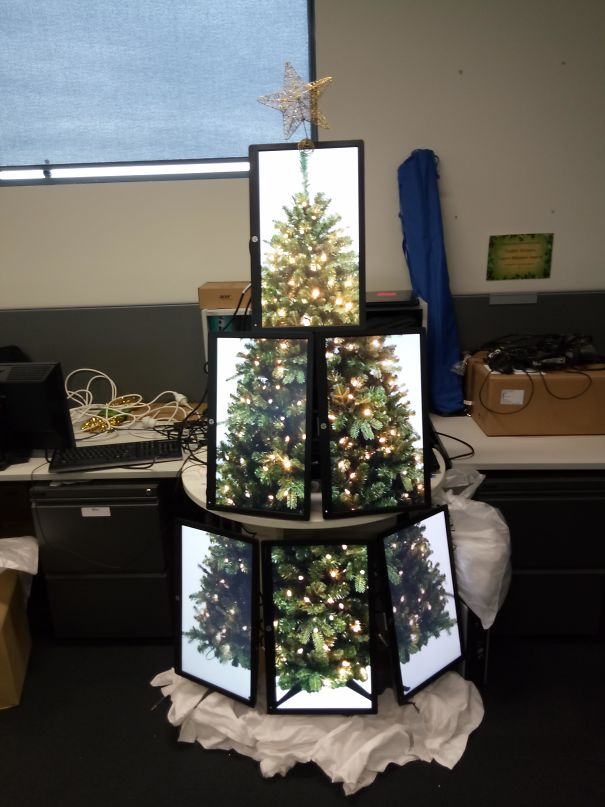14. I Made An IT Christmas Tree Made Of Monitors