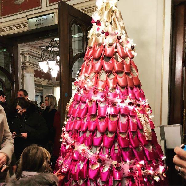 27. Christmas Tree Goals - Ballet Tree