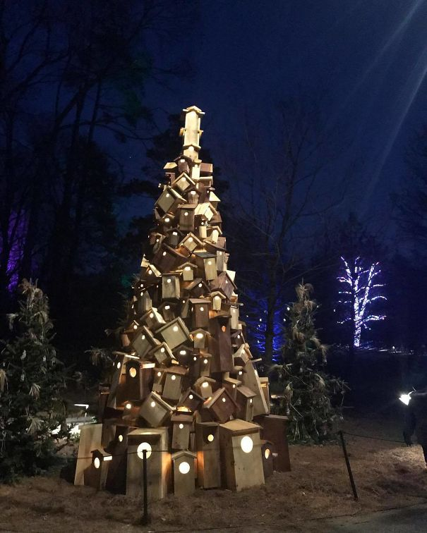 35. This Christmas Tree Is Made Out Of Old Woods And Logs And Guess What It Took Just 2 Days For The Person To Built It