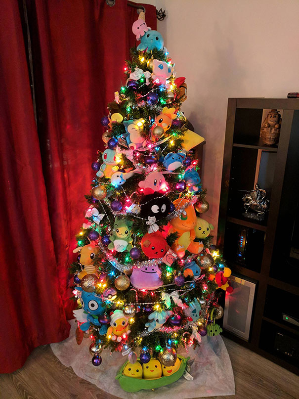 50. Merry Xmas With A Pokemon Tree