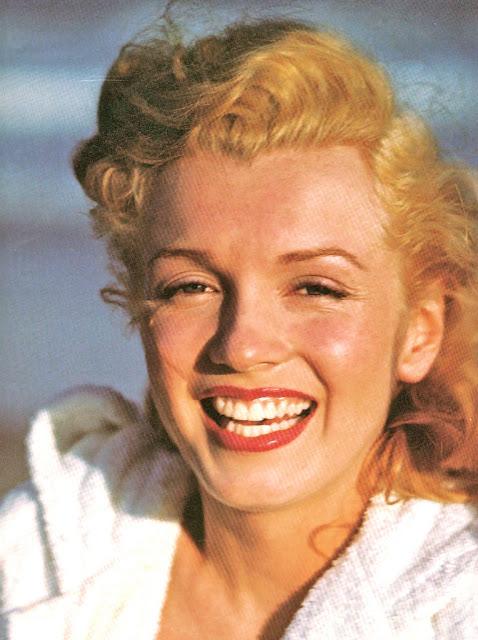 33. Marilyn-Monroe-23