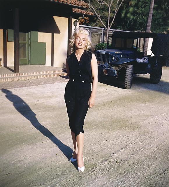 35. Marilyn-Monroe-25