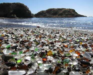 Glass Beach, Fort Bragg USA _ Amazing Places