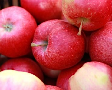 Organic Apples - Hottest Healthy Foods