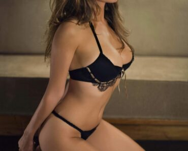 Kelly Brook 1