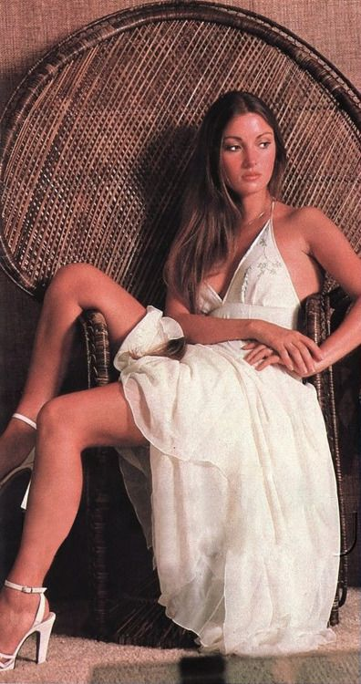 b5 Jane-Seymour-1970s