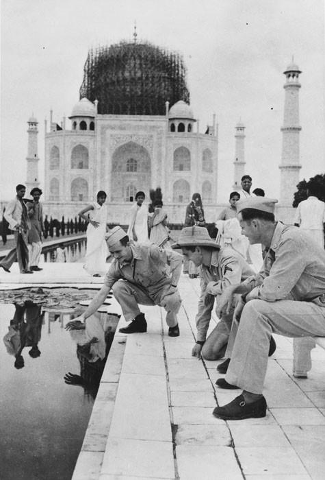 v10 Taj-Mahal-Vintage-Pictures