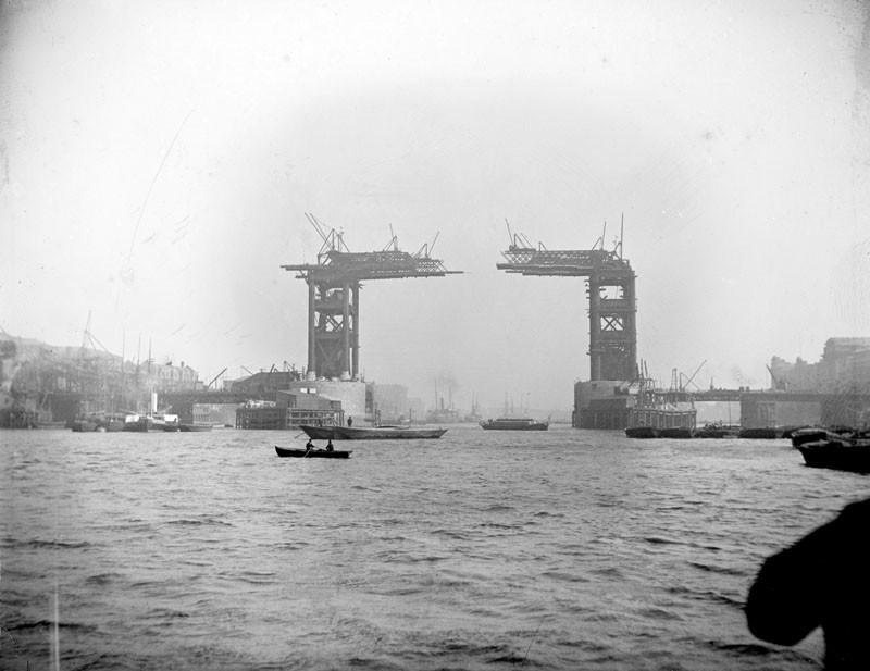 Tower-Bridge-Vintage-Pictures