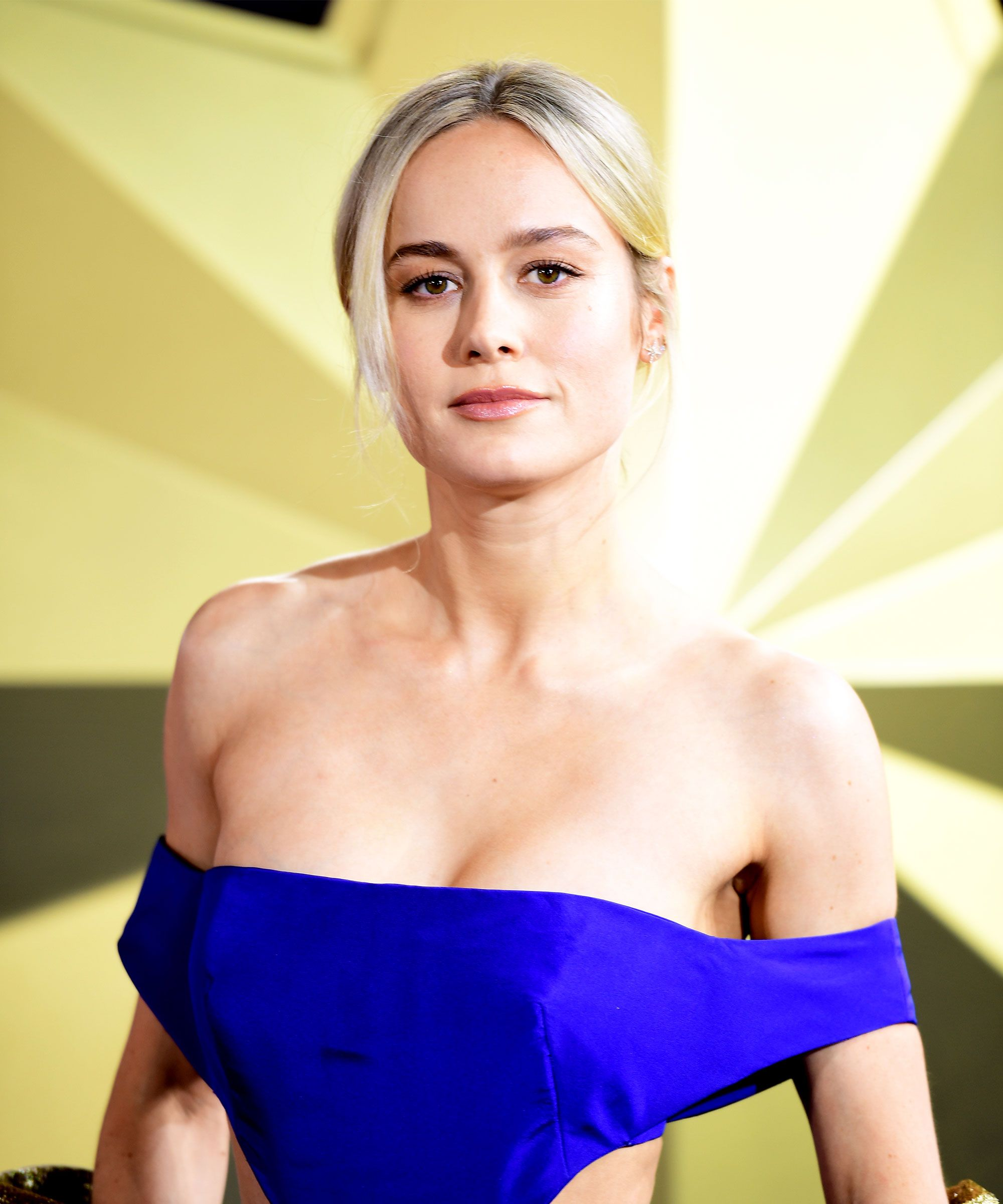 brie-larson boobs