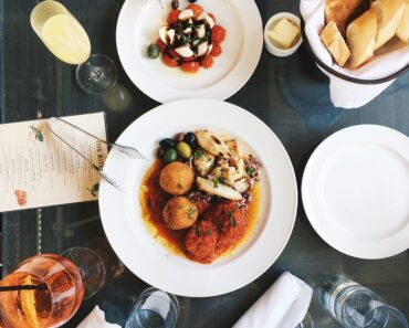 Be Restaurant Smart: How to Order When You Can't Eat Just Anything