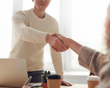 How Do I Get My First B2B Client? Find Help In Lead Generation Agency